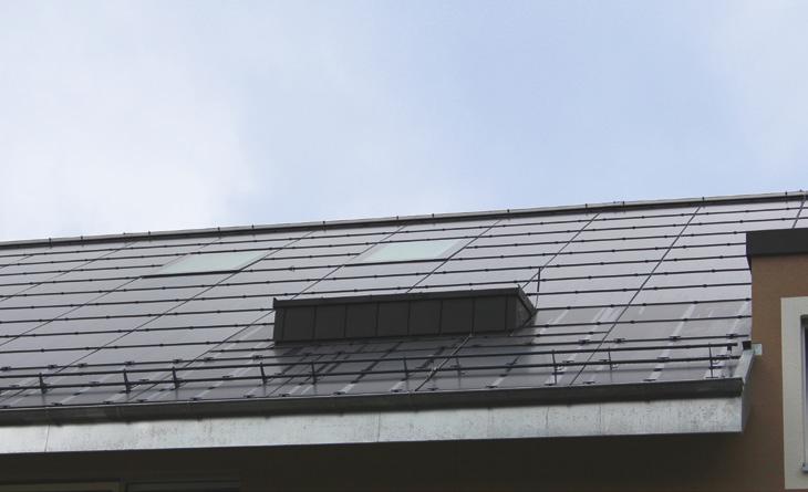 Integrierte PV-Anlage mit Unterdach MENTO 3000 connect