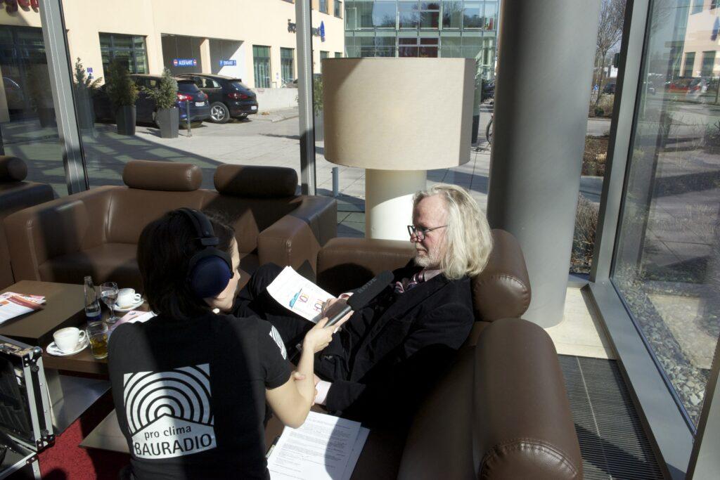 Interview mit Fachanwalt für Bau- und Architektenrecht Andreas Weglage bei Schnittstelle Baustelle in Regensburg.