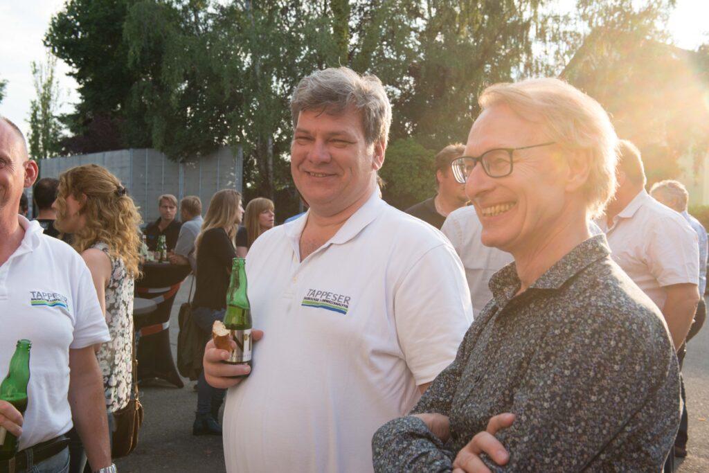 Baubiologe Jörg-Michael Tappeser (links) mit pro clima Geschäftsführer Uwe Bartholomäi, der auch beim Bauslam angetreten ist. Sein Thema: Ökobau am Ende?