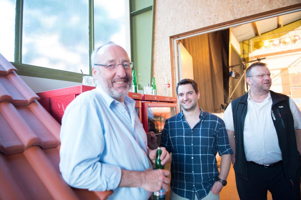 Rolf Thoma (links) und Malte Gerth. Malte half als Kameramann beim Bauslam-Abend mit. Der Bauslam wurde live ins Internet übertragen. Alle Bauslam-Videos können auf proclima.tv angeschaut werden.
