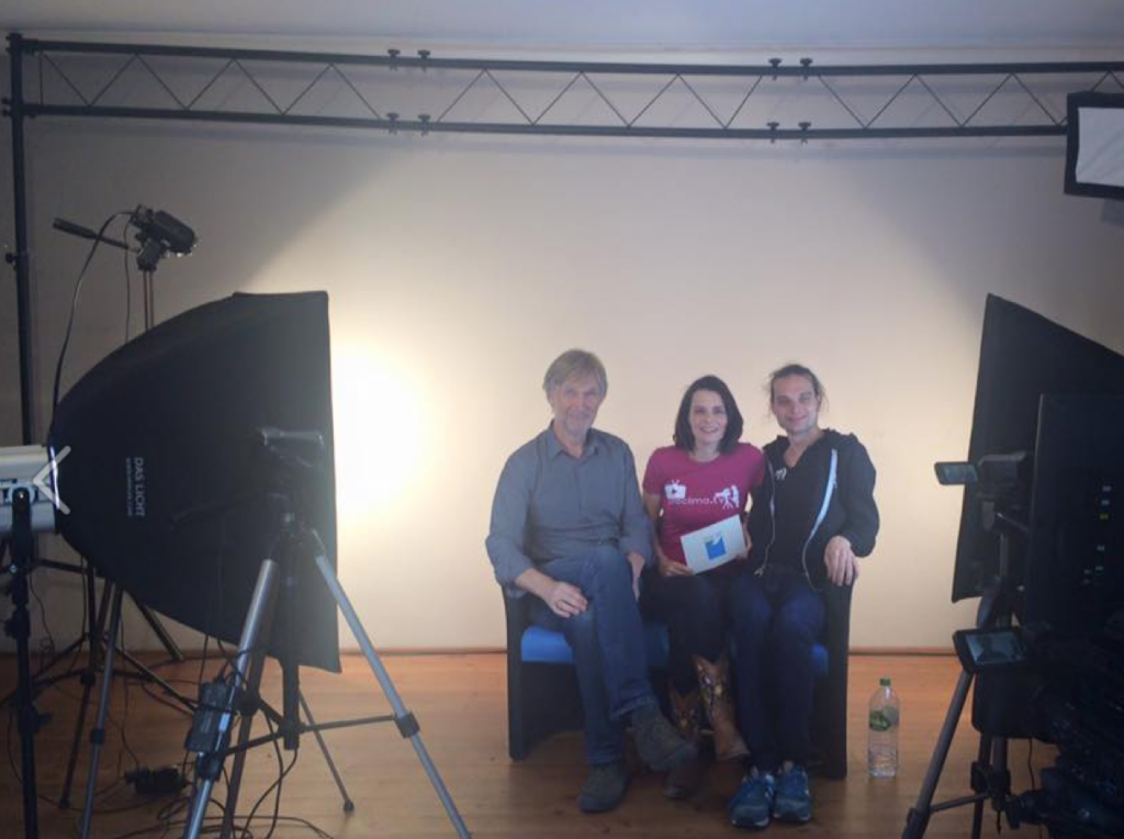 Nach dem Interview im pro clima TV Studio: Architekt Roland Matzig (links) und Kameramann und pro clima TV Produzent Bertold Roth (rechts).