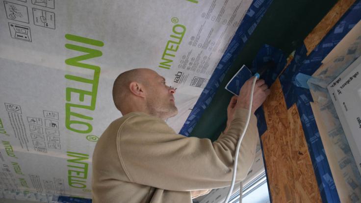Luftdichtheit herstellen - Details und Anschlüsse